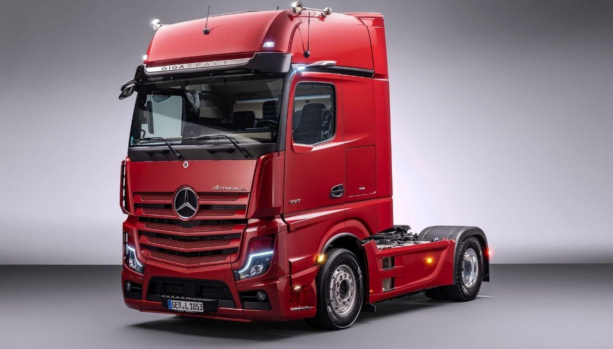 Mercedes svela il nuovo Actros L