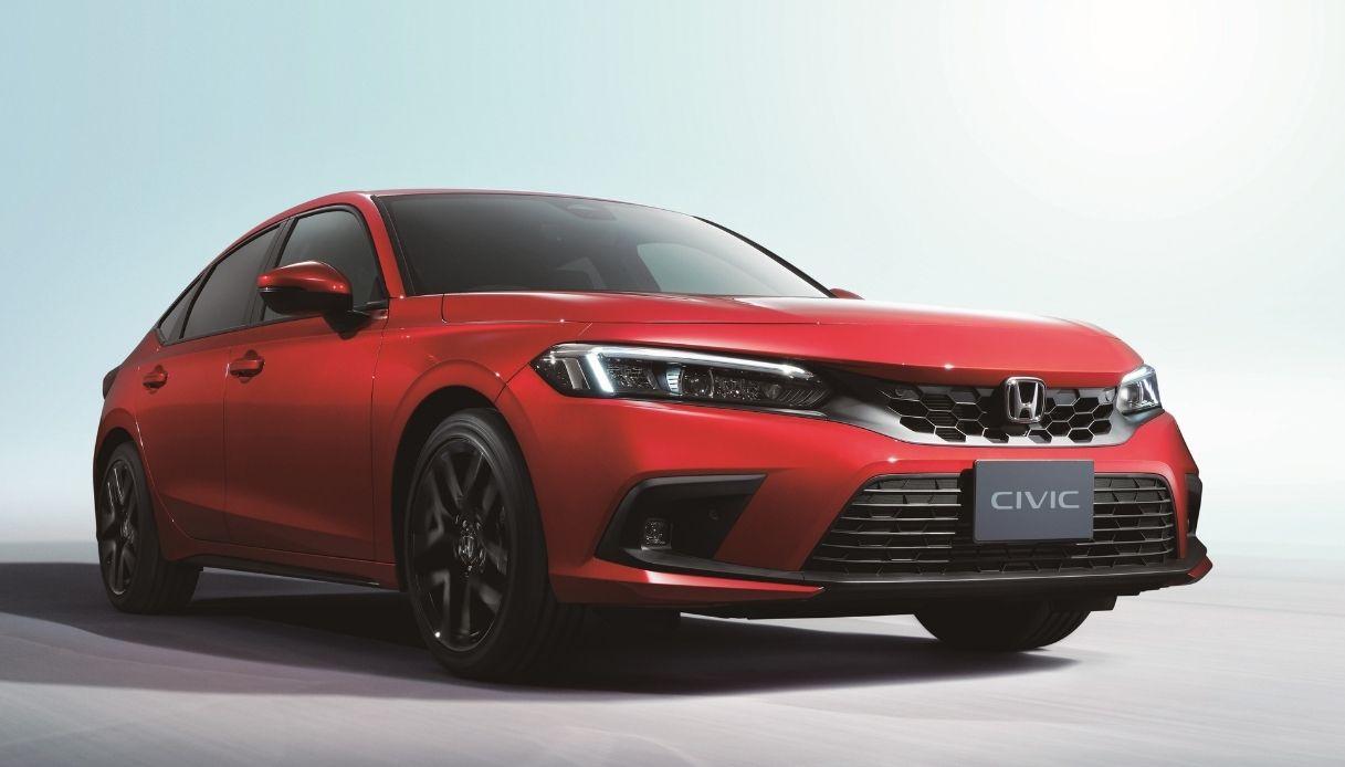 Honda Civic si rinnova