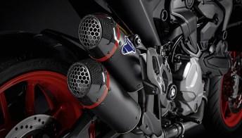Ducati Monster diventa unico grazie al nuovo kit di personalizzazione