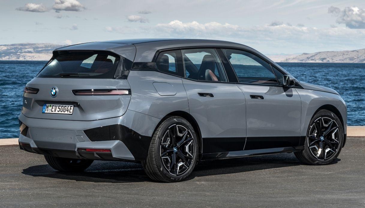 BMW presenta el nuevo iX SUV