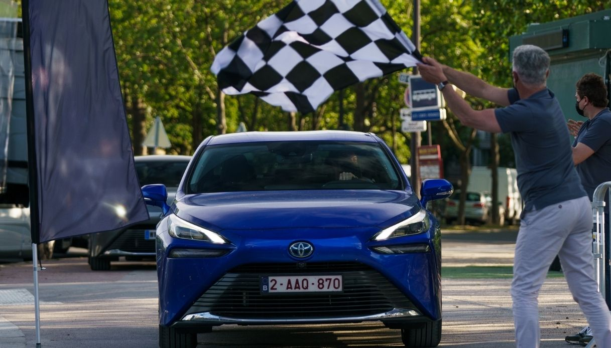 Toyota Mirai, record mondiale a idrogeno