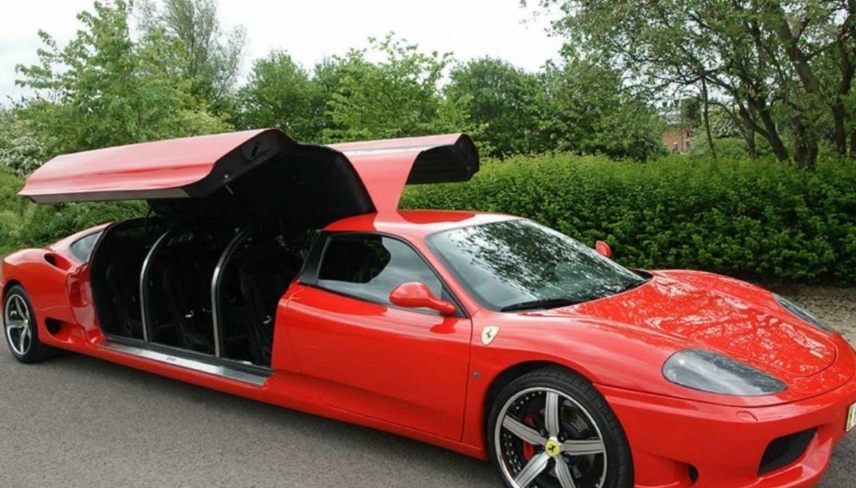 In vendita la Ferrari 360 Modena limousine
