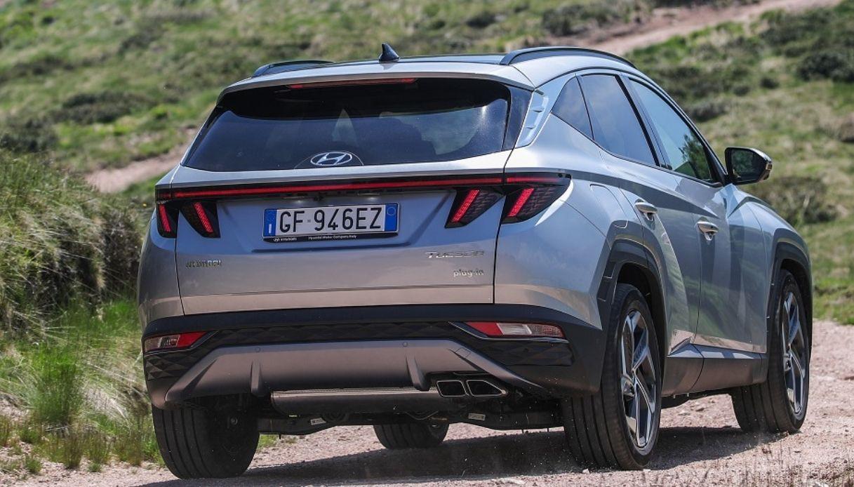 Hyundai lancia Tucson ibrida plug-in