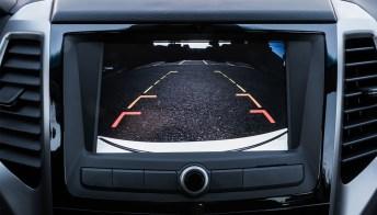 Cos'è la retrocamera per l'auto e come funziona