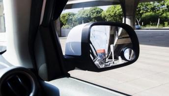 Come funziona lo specchietto retrovisore e tipologie