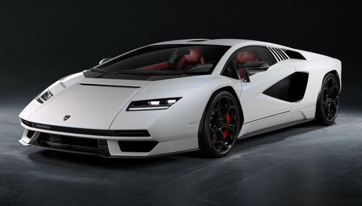 Nuova Lamborghini Countach LPI 800-4