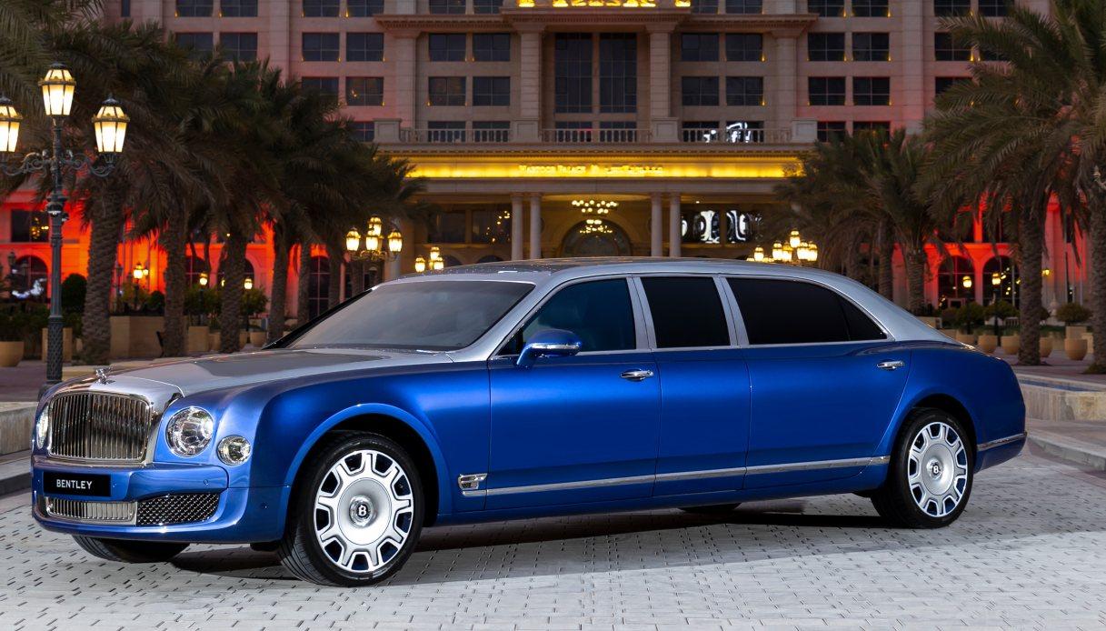Bentley presenta la nuova Mulsanne Grand Limousine