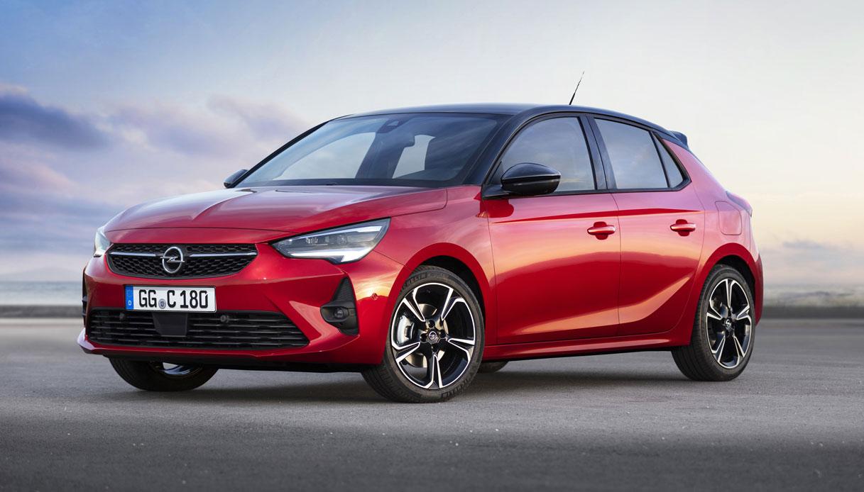 Opel Corsa, il successo senza tempo