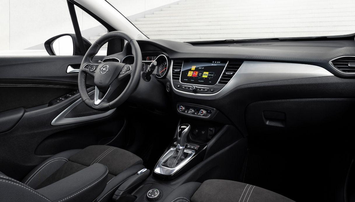 The interior of the Opel Crossland