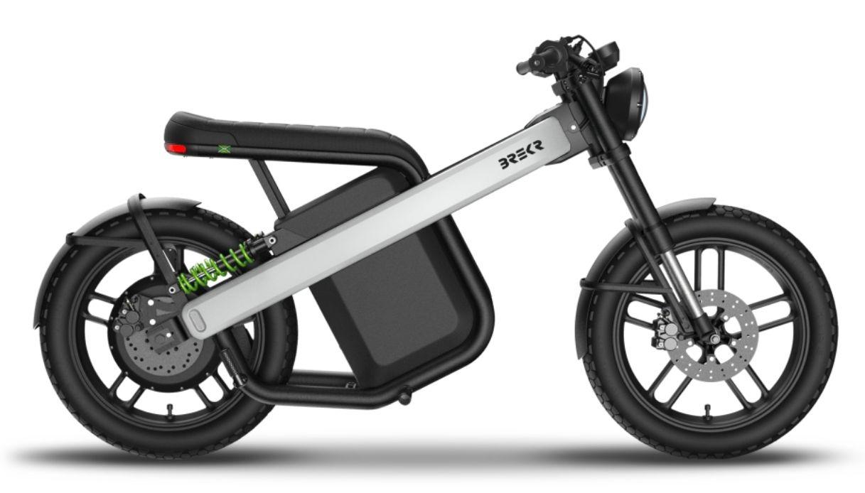 Nuovo scooter elettrico BREKR che sembra una moto