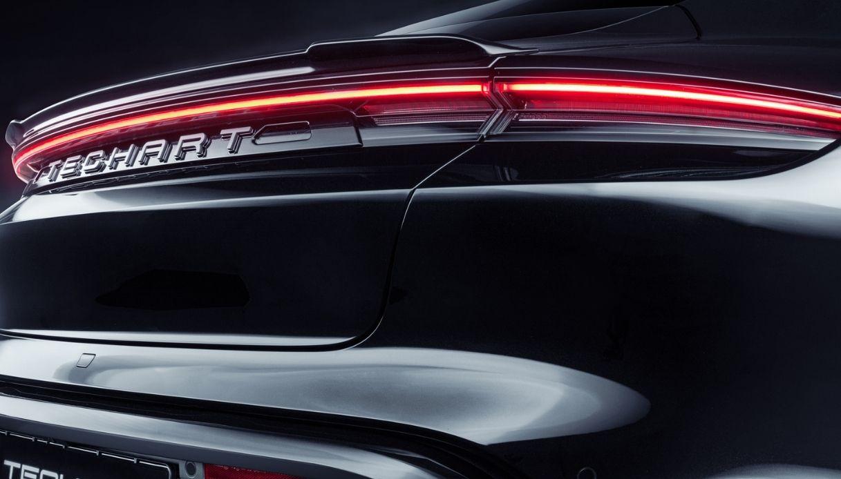 La scritta posteriore Porsche Taycan TechArt