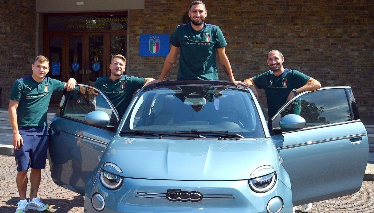 Fiat 500 è l'auto della Nazionale