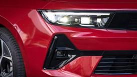 Opel Astra per la prima volta è anche ibrida e elettrica