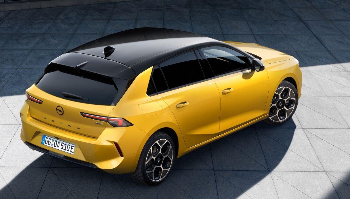 Opel Astra, sesta generazione per il 2021