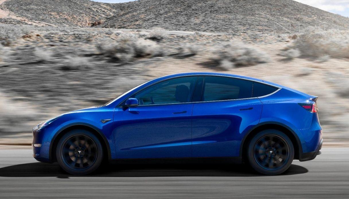 Tesla Model Y arriva anche in Italia
