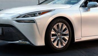 Nuovo record di autonomia per l'auto a idrogeno