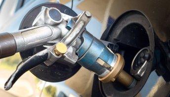 Stangata carburanti, GPL mai così caro