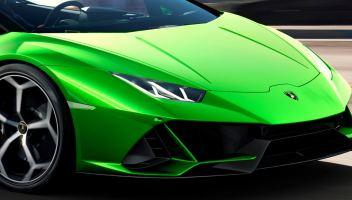 Sfreccia a 234 km/h con la Lamborghini appena comprata